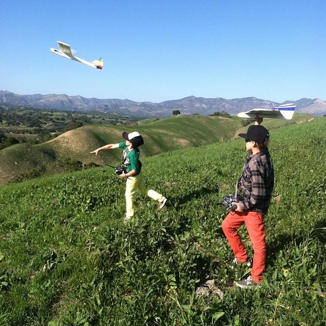 Slope soaring sons