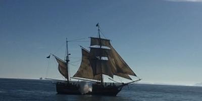 The Hawaiian Chieftan fires a broadside at us. We were aboard the Lady Washington off Oxnard, CA #tallships